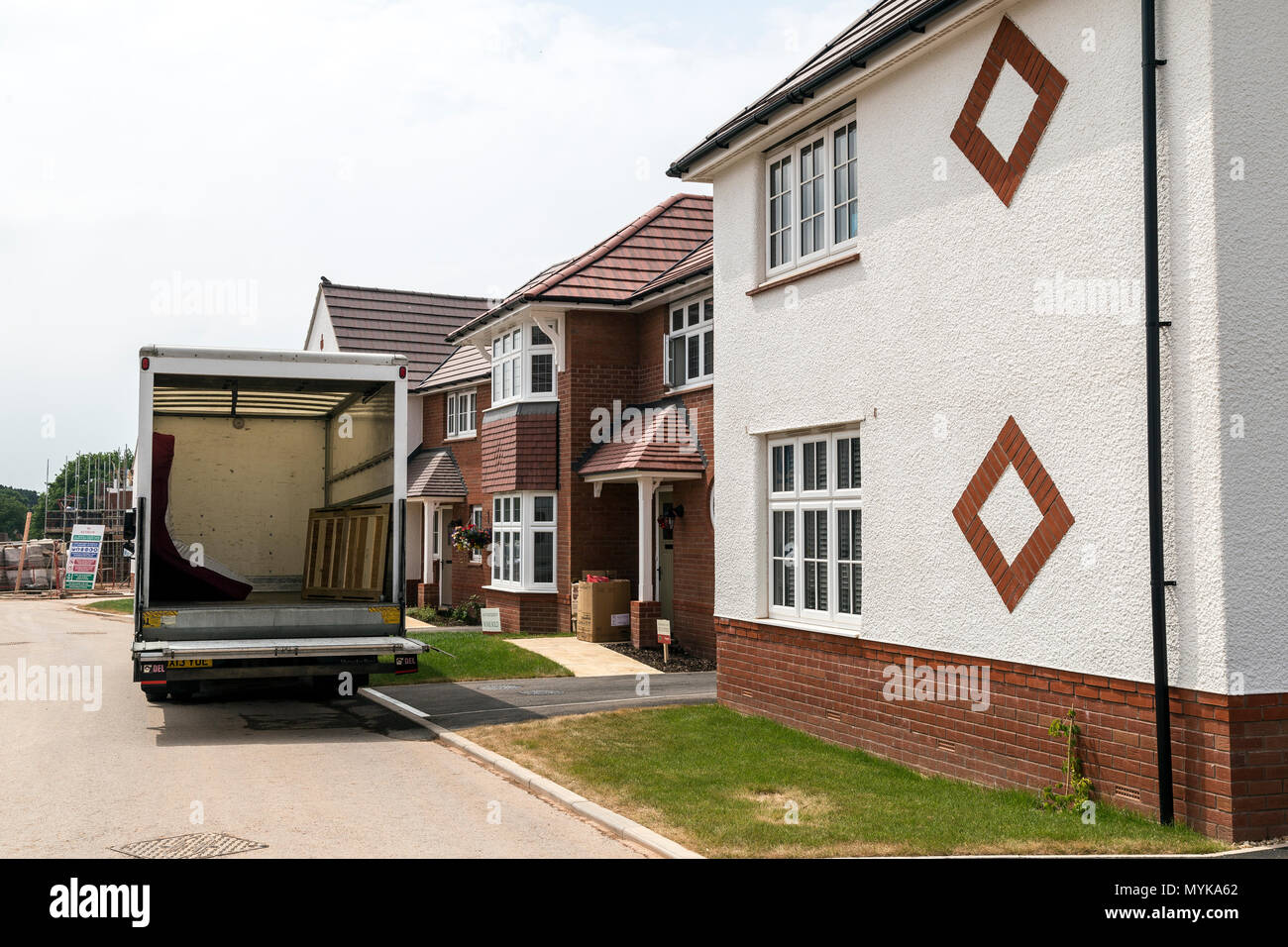 UK's fastest growing house builder, UK's leading residential housing developers, thriving communities, building responsibly,Redrow West Country, movin - Stock Image