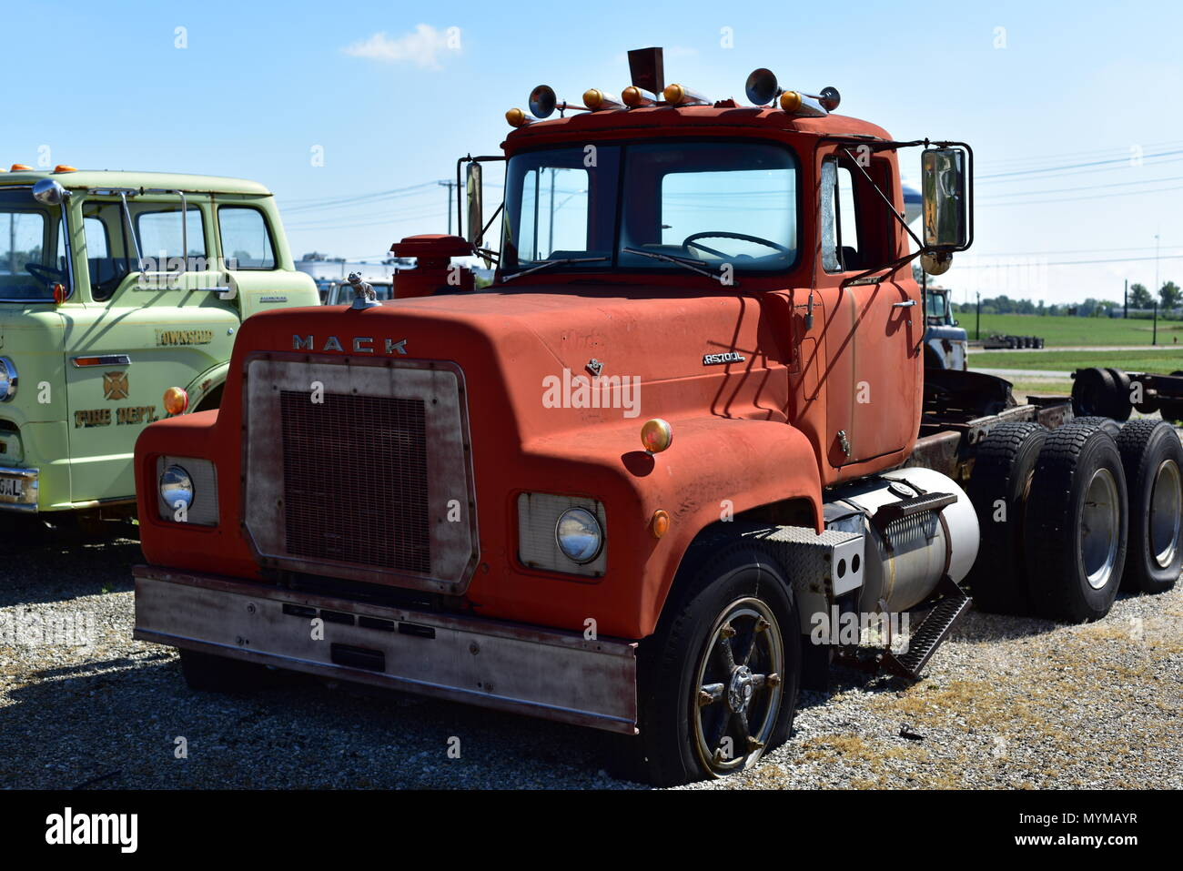 old american mack truck stock photo 189147051 alamy