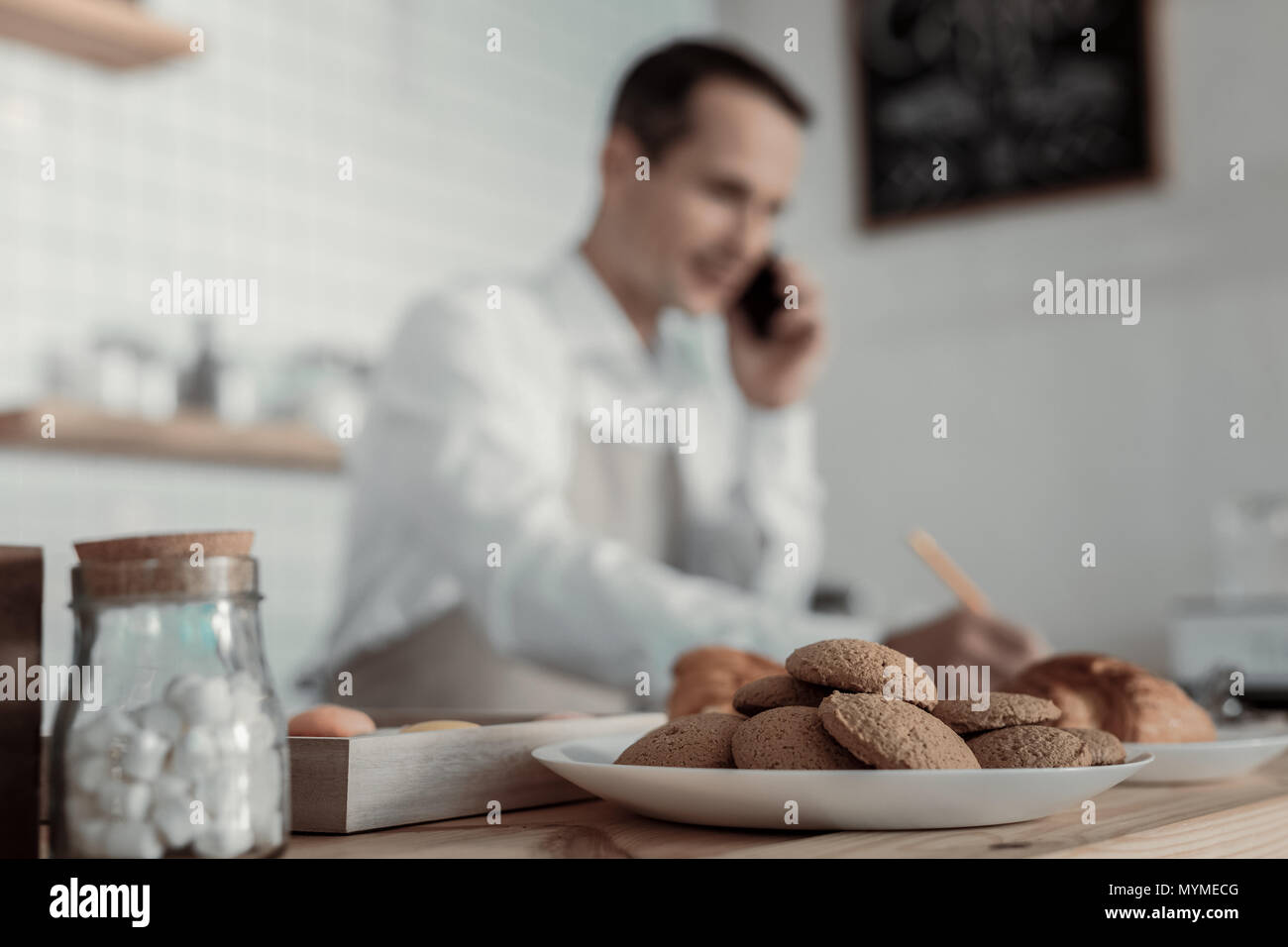 Close up of biscuits that lying on the plate - Stock Image