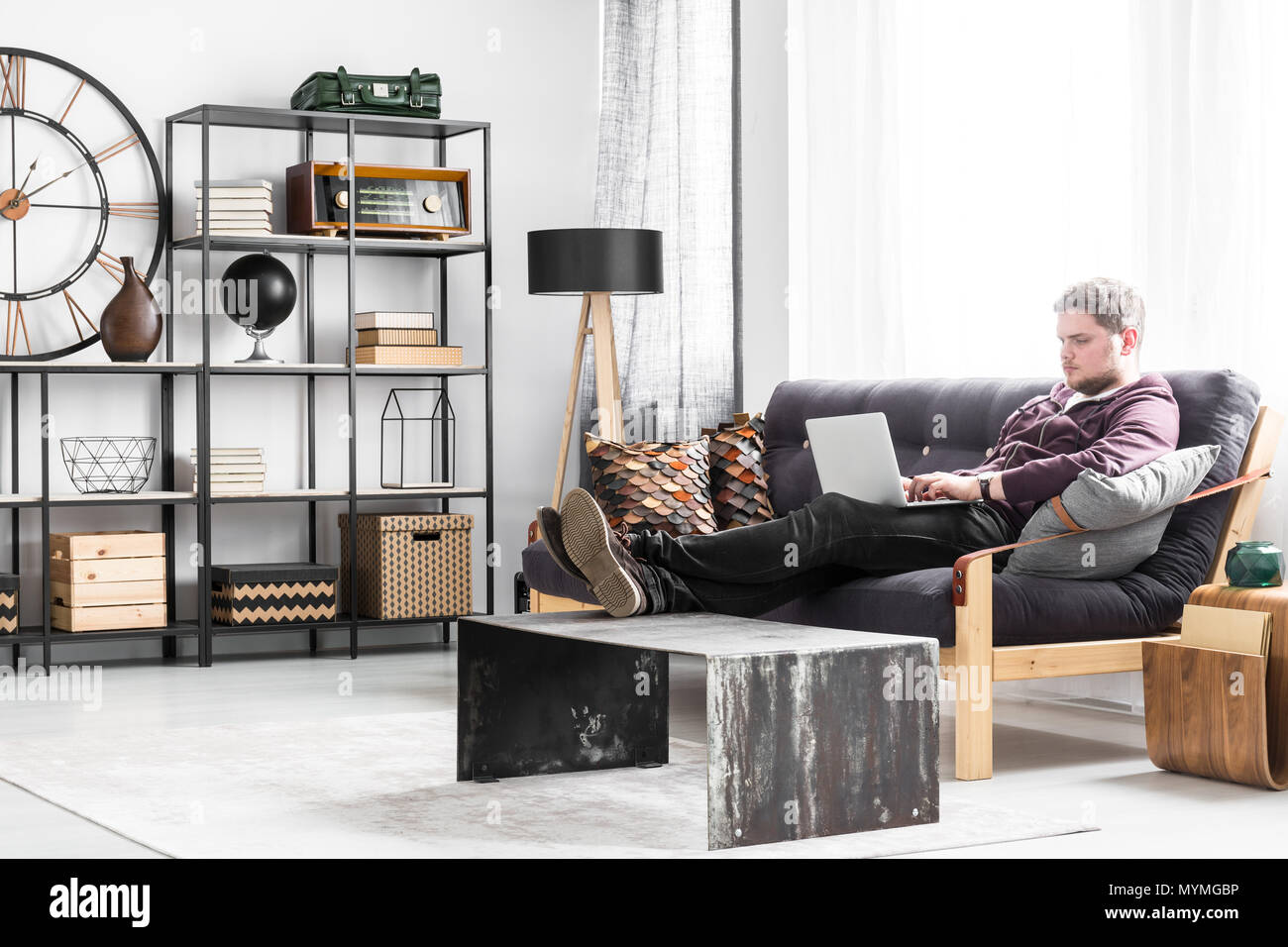 Brown Leather Sofa Sitting Room High Resolution Stock Photography And Images Alamy