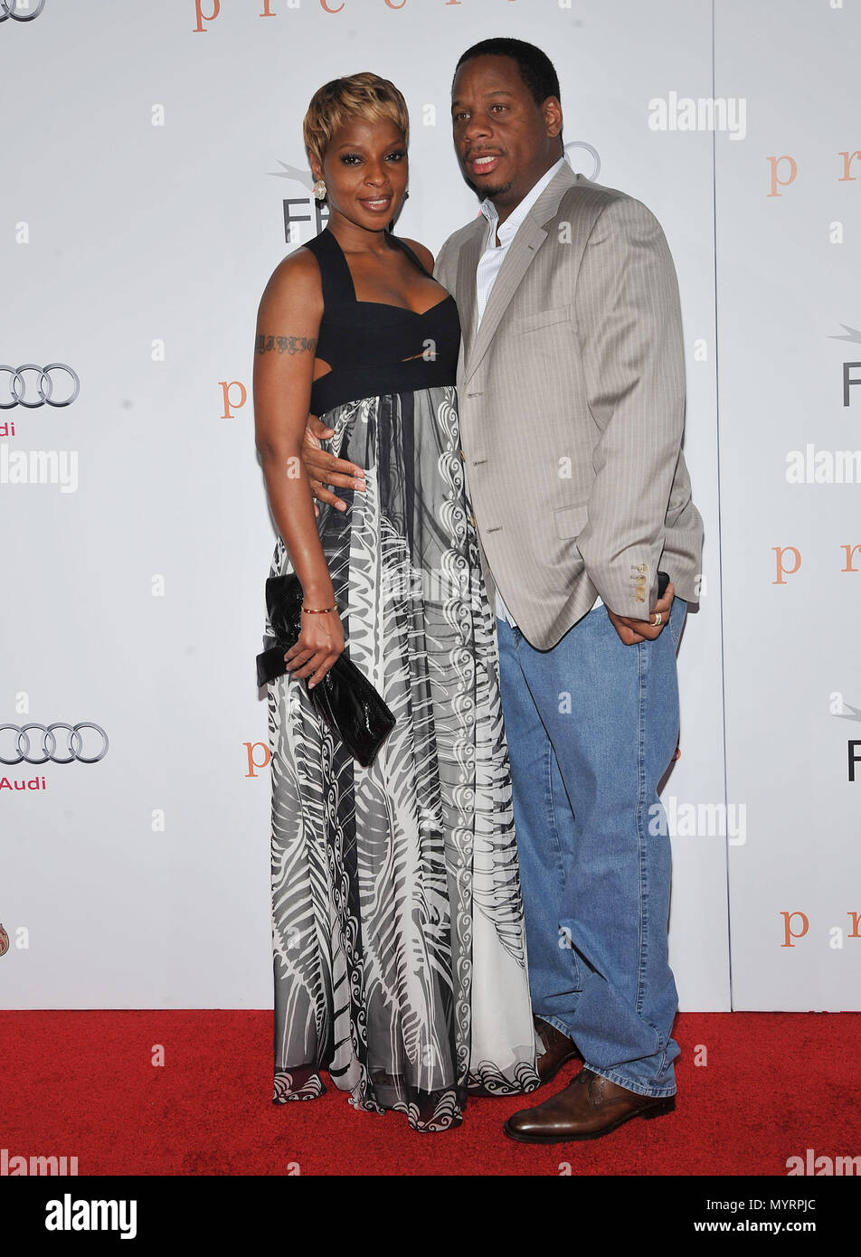 Mary J Blige and husband - Precious AFI Premiere at the Chinese