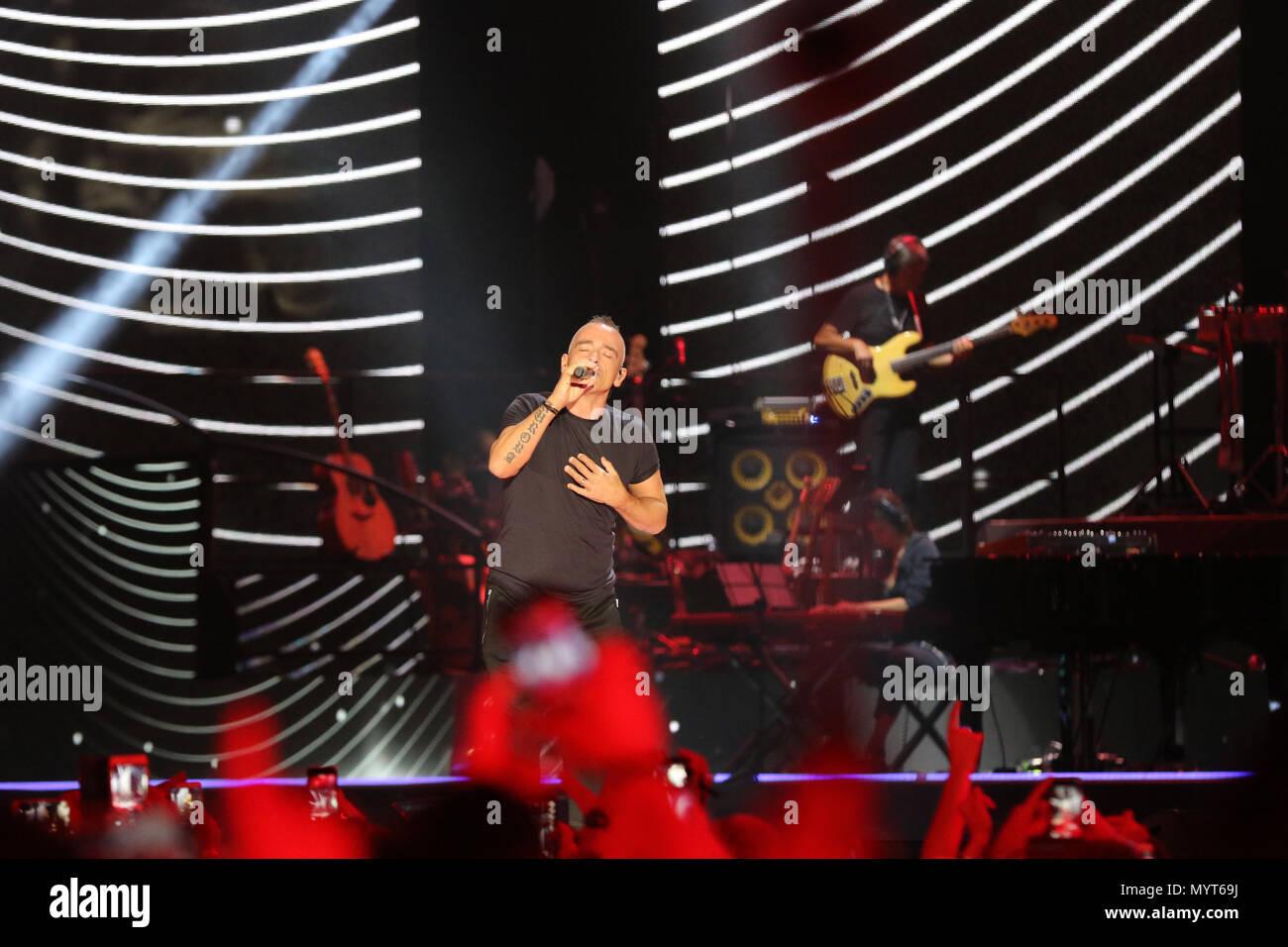June 7, 2018 - In Photo the singer: Eros Ramazzotti.Naples, Italy