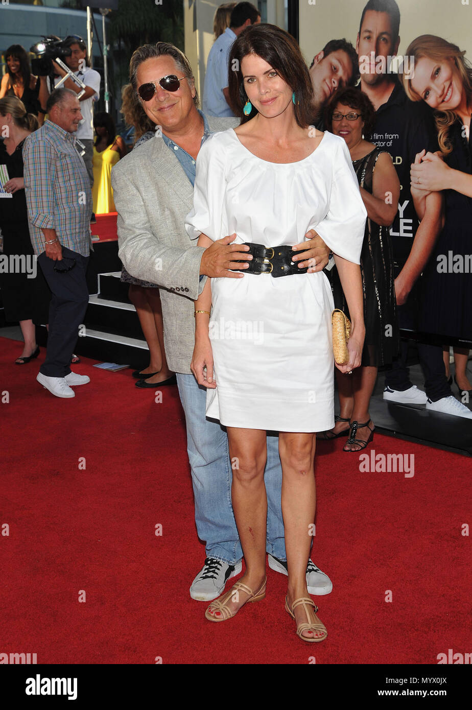 91ca31ff32327 Don Johnson and wife Kelley Phleger - Funny People Premiere at the Arclight  Theatre In Los Angeles.DonJohnson PhlegerKelley 12 Event in Hollywood Life  ...