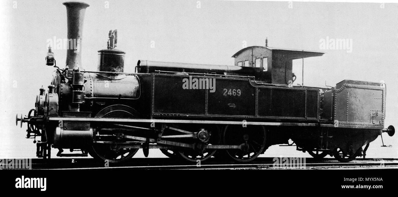 . Deutsch: Locomotive C 3/3 Nr. 2469 der Schweizeriſchen Bundesbahnen, bis 1902 B3 Nr. 15 Steinach der Vereinigten Schweizerbahnen, 1881 umgebaut in deren Hauptwerckſtätte zů Rohrſchach aus der B3-gekuppelten Stütztenderlocomotive mit derſelben Betriebsnummer, gebaut 1858 von Eſcher, Wyß & Cie. zů Zürich (Fabr.-Nr. 5); 1909 außer Dienſt geſtellt und anſchließend abgebrochen.  . between 1901 and 1910. Unknown 1 2469C33SBBCFFFFSi - Stock Image
