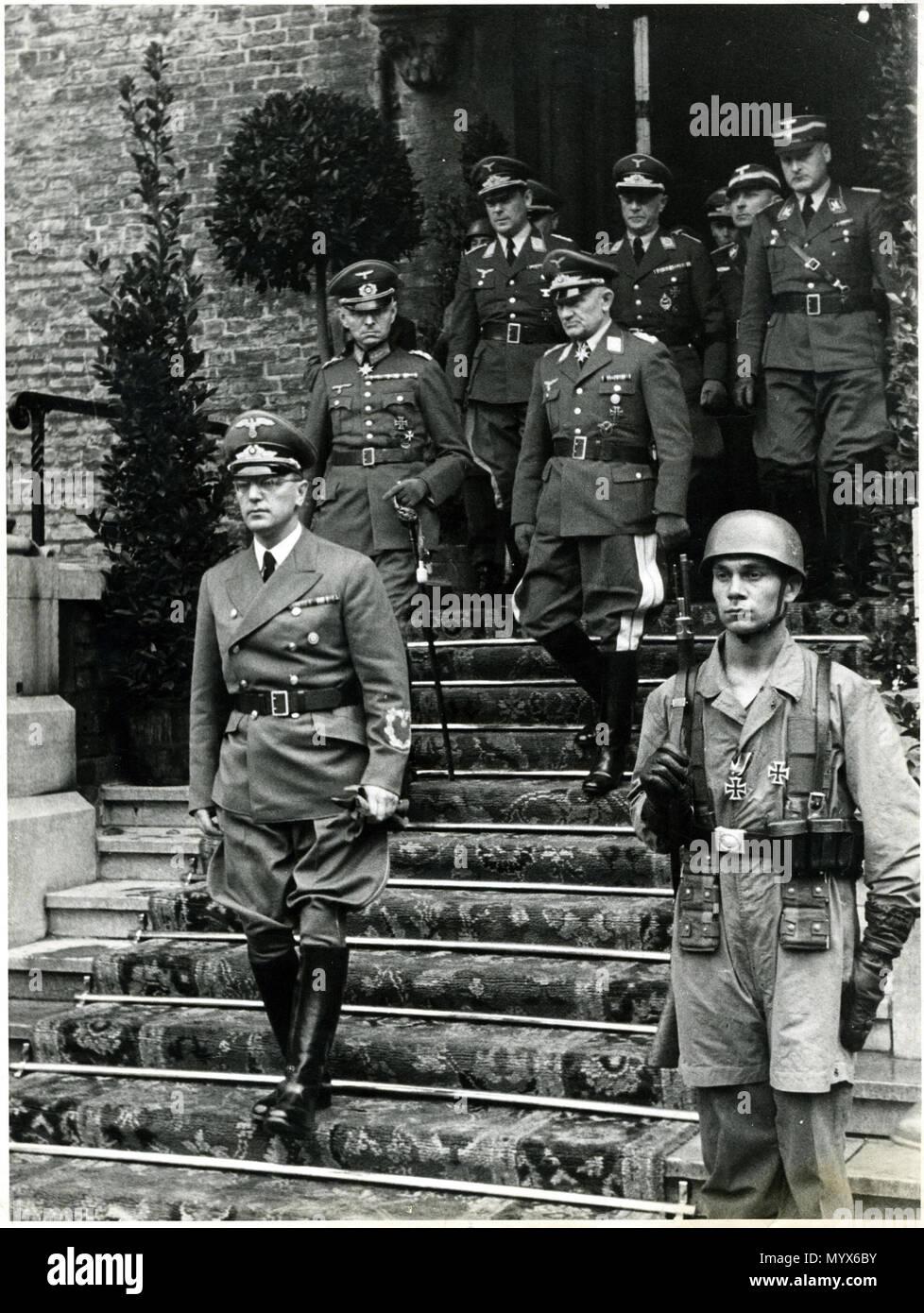 1 Arthur Seyß-Inquart, Alexander von Falkenhausen, Friedrich Christiansen, Den Haag, 1940 Stock Photo