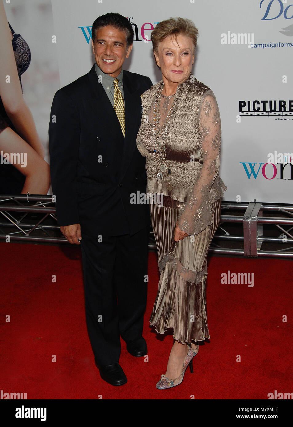 Cloris Leachman Daughter Stock Photos & Cloris Leachman Daughter