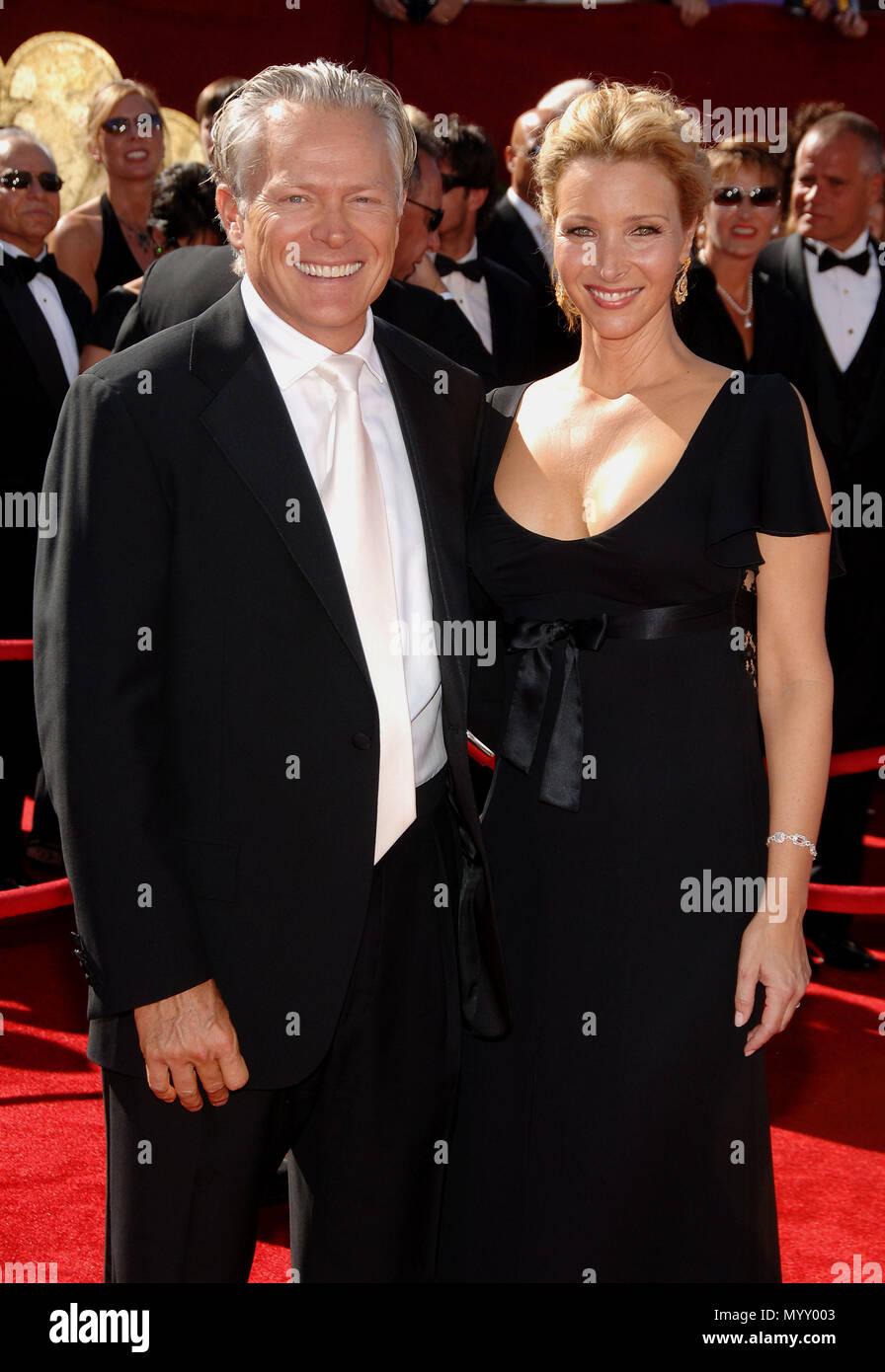 Lisa Kudrow and husband Michel Stern arriving at the at ...