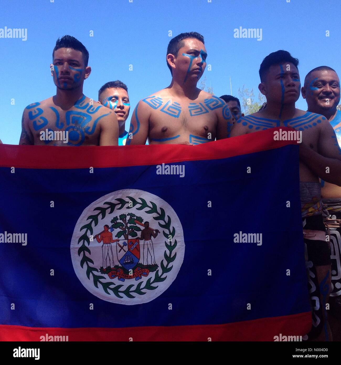 Yucatán, Mexico. 19th Sep, 2015. Players from Belize hold their national flag at the opening ceremony of the first Stock Photo