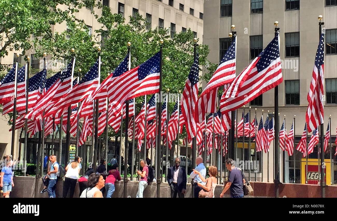 New York, USA. 27th May, 2016. Memorial day celebration at Rockefeller Center, New York City Credit:  Yvonne M. Conde / StockimoNews/Alamy Live News Stock Photo
