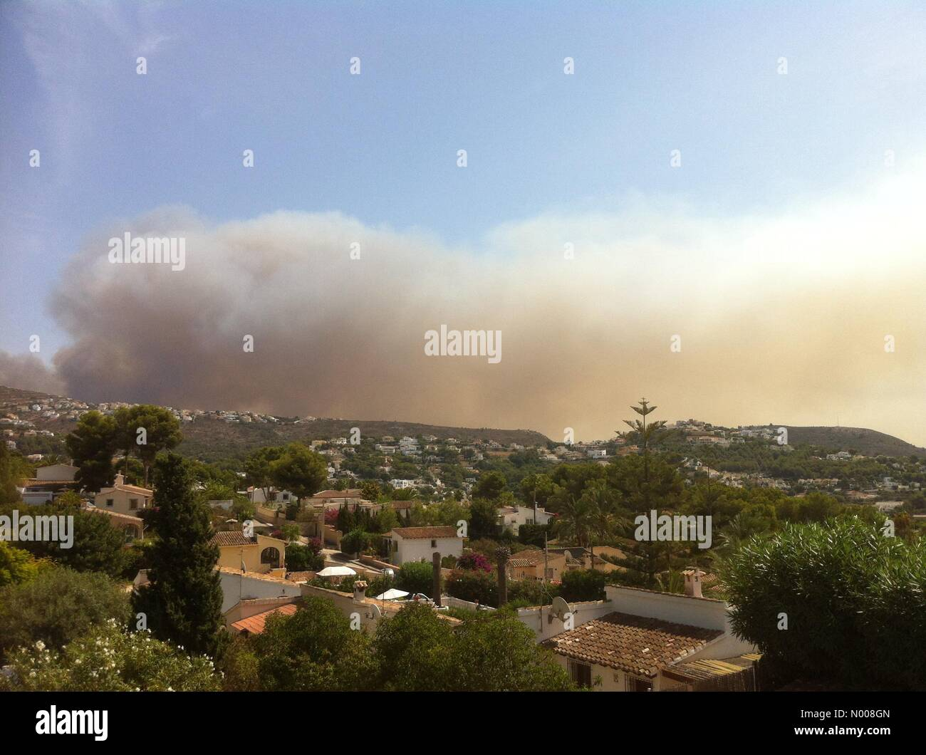 Costa Blanca, Spain. 5th September 2016. Wild fires in Javea spread to Benitaxell, in the popular holiday destinations - Stock Image