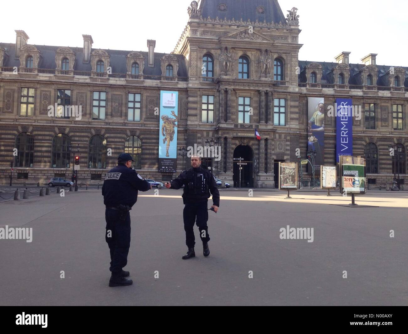 75001 Paris, France. 03rd Feb, 2017. Paris, France, French police close Louvre Museum after terrorist attack, 2/2/17 - Stock Image