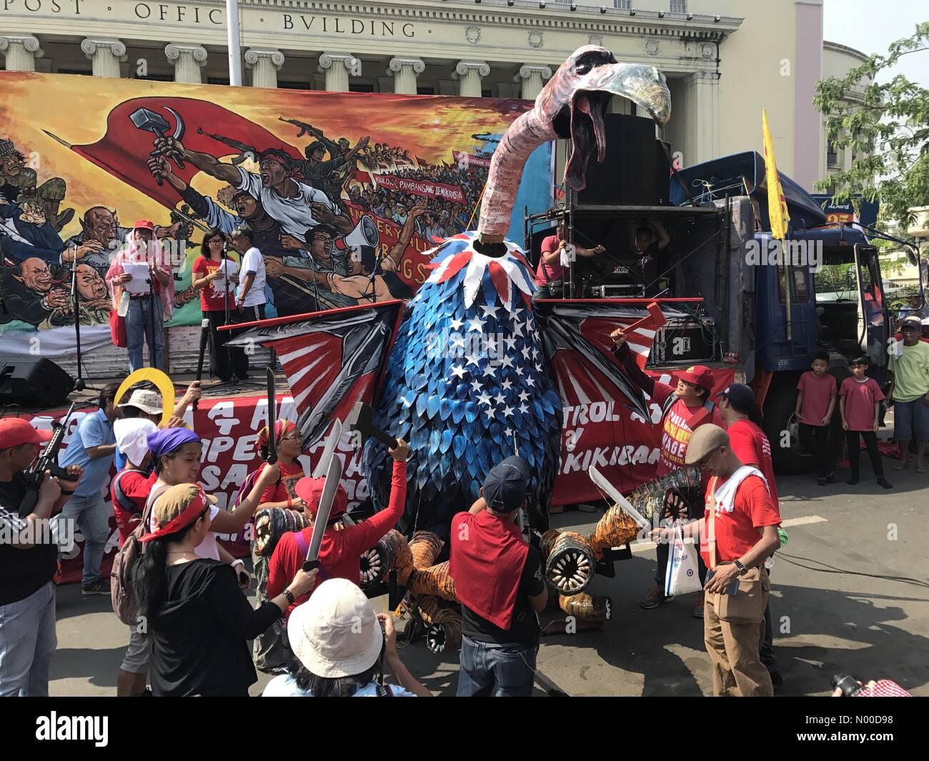 Quezon Boulevard, Ermita, Manila, Metro Manila, Philippines. 01st May, 2017. On Labor's Day, militants made - Stock Image