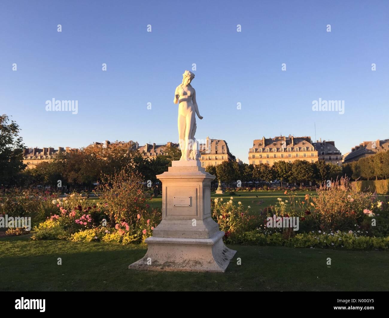 75001 Paris, France. 22nd Sep, 2017. Evening light in Tuileries gardens, Paris Credit: InesAmd/StockimoNews/Alamy - Stock Image