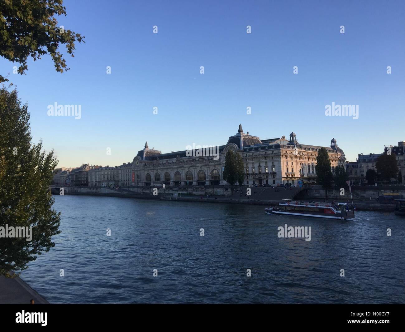 75001 Paris, France. 22nd Sep, 2017. Seine river, Paris Credit: InesAmd/StockimoNews/Alamy Live News - Stock Image