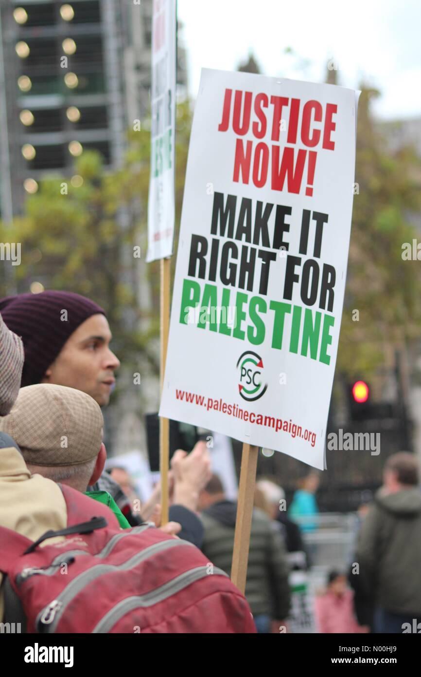 London, UK. 4th November, 2017. Justice for Palestine Rally, London Credit: Dawud Marsh/StockimoNews/Alamy Live Stock Photo