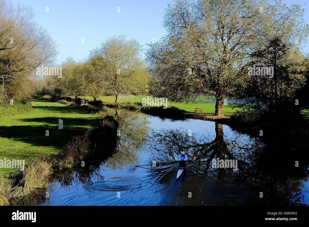 Uk Weather A Glorious Day For Rowing On The River Itchen Winchester Hampshire Credit Paul Chambers