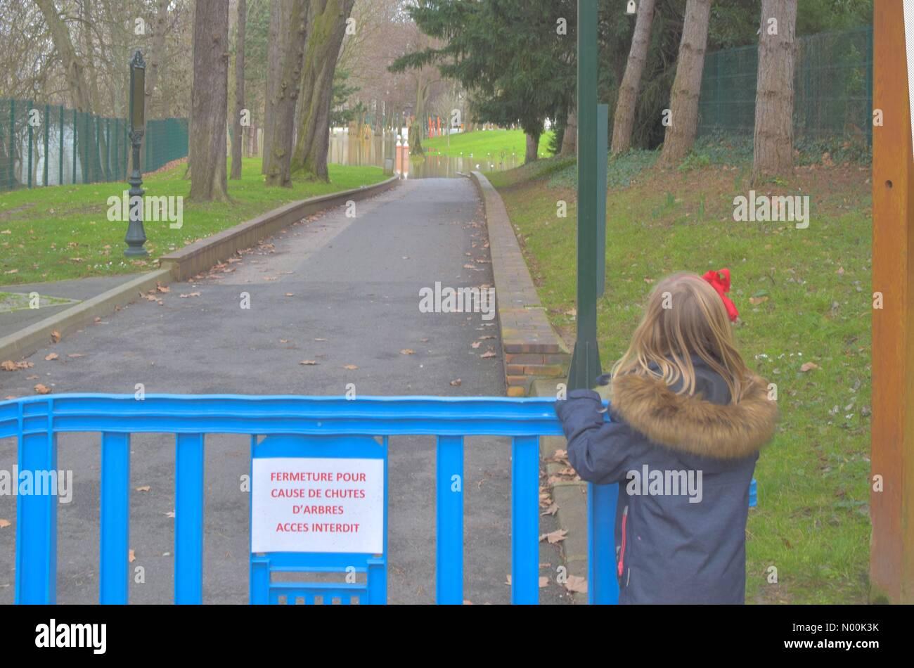 92200 Neuilly-sur-Seine, France. 24th Jan, 2018. Paris France- January 24 : Children's park closures as river - Stock Image