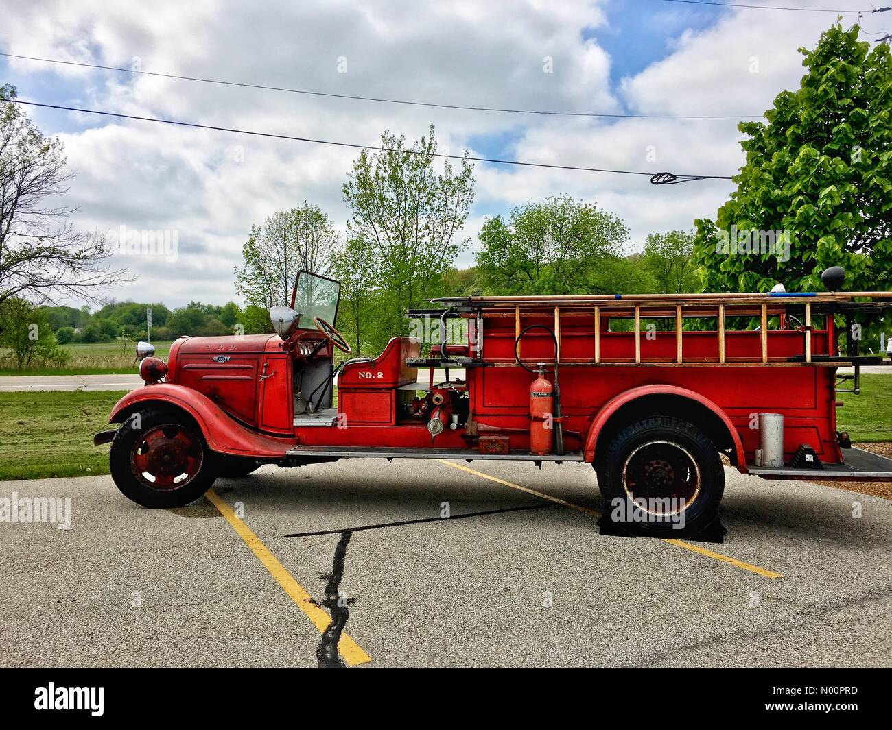 Pewaukee, USA. 22nd May, 2018. Fire Station Open House & Blood Drive, 22nd May 2018, Pewaukee, WI, USA, Lisbon Fire Department holds tours, and community blood drive, DianaJ/StockimoNews/Alamy Credit: Diana J./StockimoNews/Alamy Live News - Stock Image