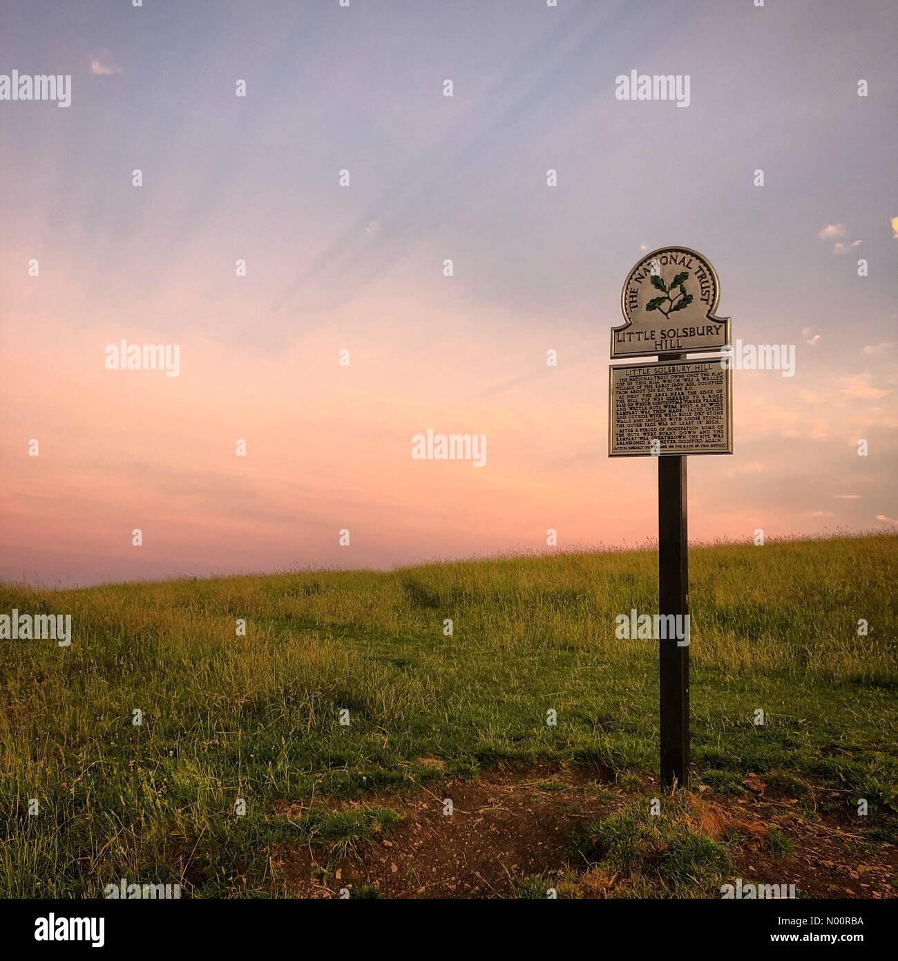 Batheaston, Bath, UK. 21st June, 2018. Waiting for the Solstice sunrise on top of Little Solsbury Hill near Bath in the UK Credit: Alex Stoneman & Billy-Jay Starling/StockimoNews/Alamy Live News Stock Photo