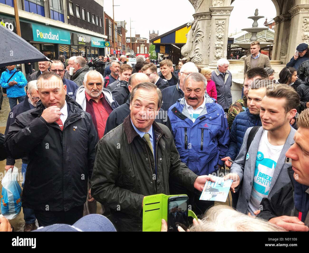 Nigel Farage Brexit Party in Dudley UK - Dudley West Midlands UK Friday 17th May 2019 - Nigel Farage leader of the Brexit Party meets the public in the build up to the European elections. Stock Photo