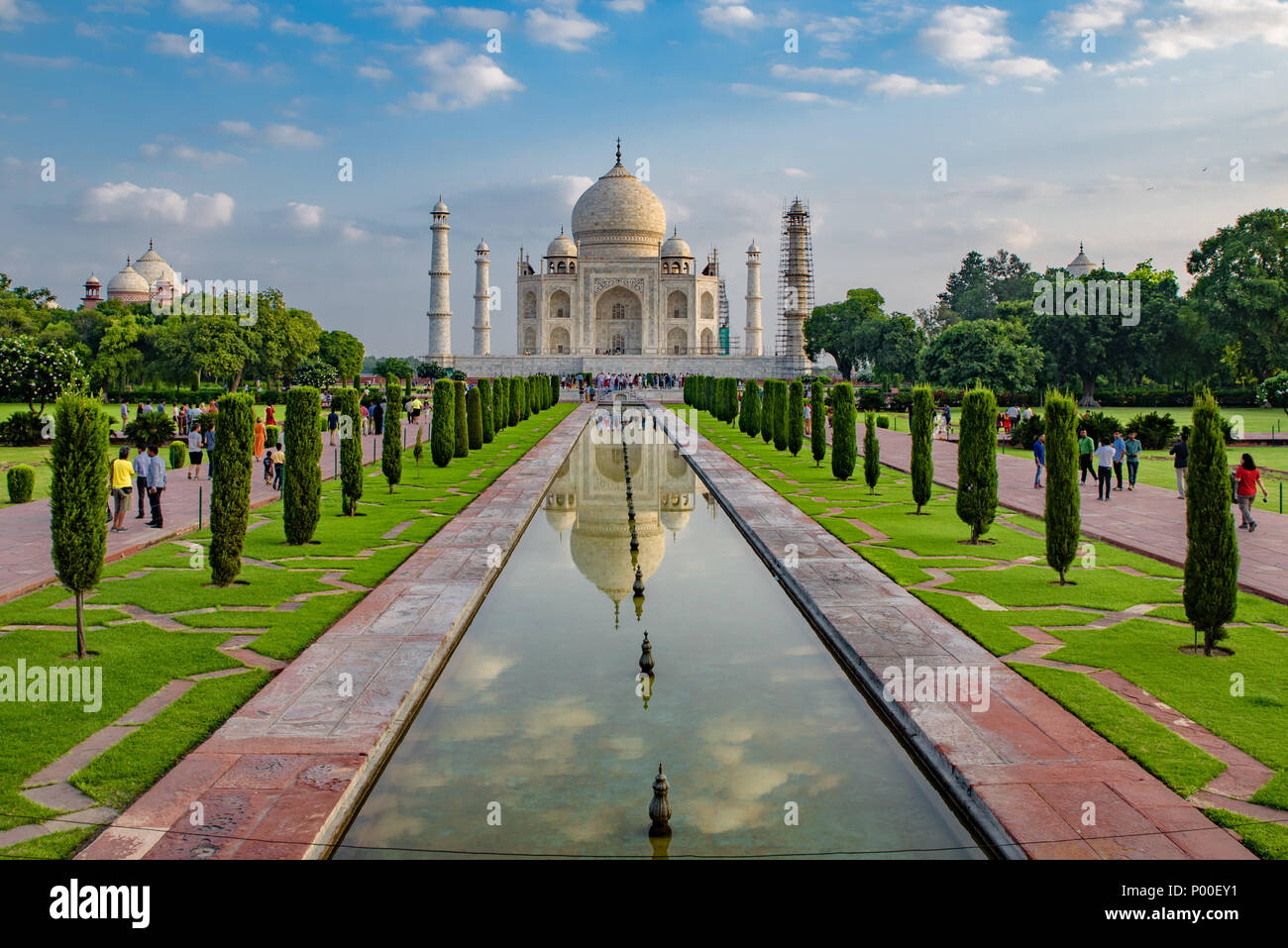 Taj Mahal with reflection on water, Agra, India - Stock Image
