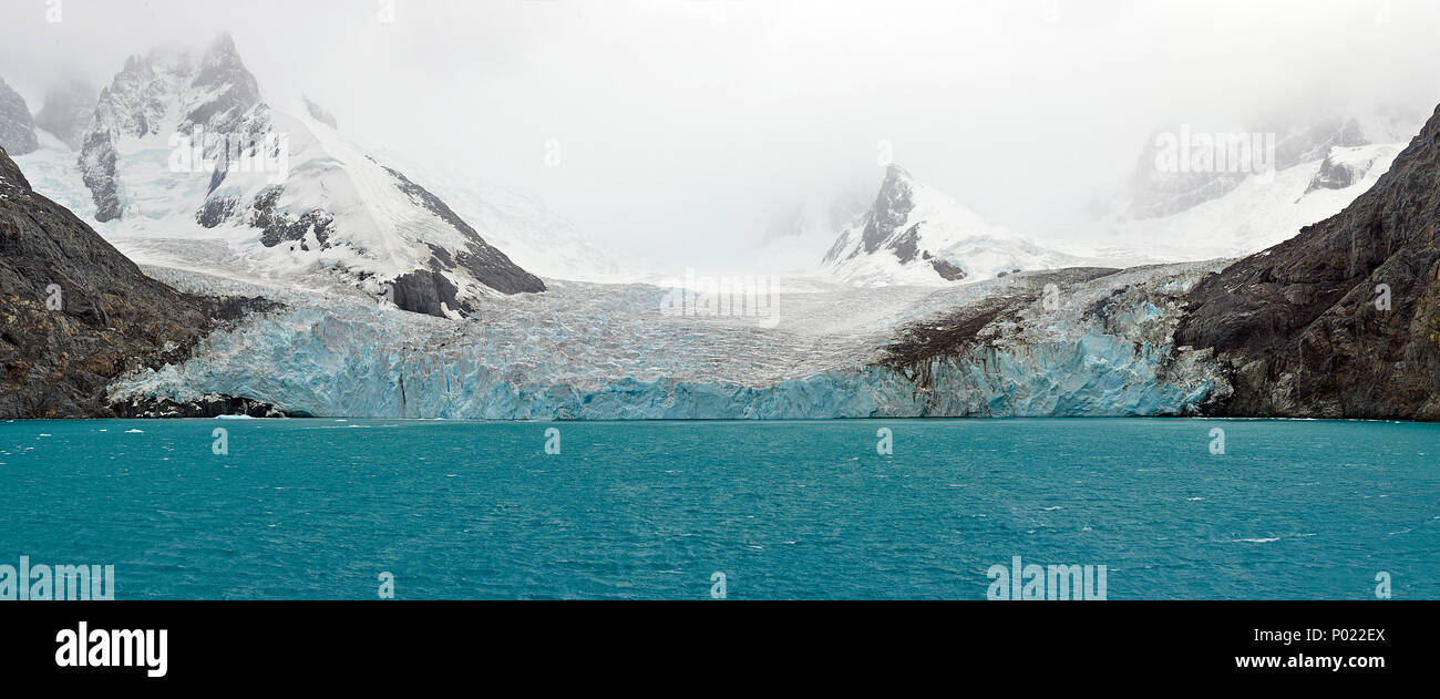 Mountains and glacier, rough landscape at Orkney Islands, Drake street, Antarctic peninsula, Antarctica - Stock Image
