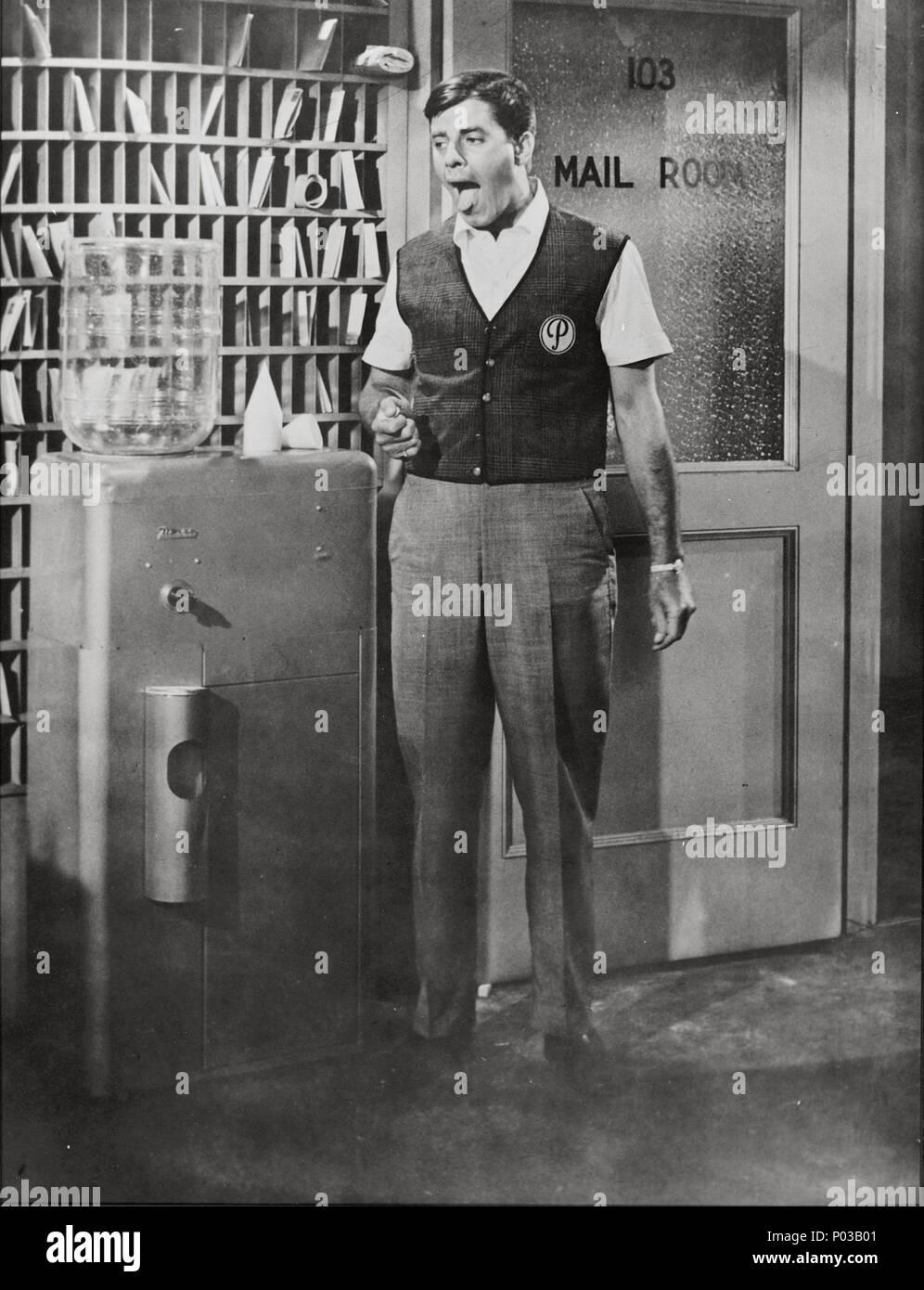 Original Film Title: THE ERRAND BOY.  English Title: THE ERRAND BOY.  Film Director: JERRY LEWIS.  Year: 1961.  Stars: JERRY LEWIS. Credit: PARAMOUNT PICTURES / Album - Stock Image