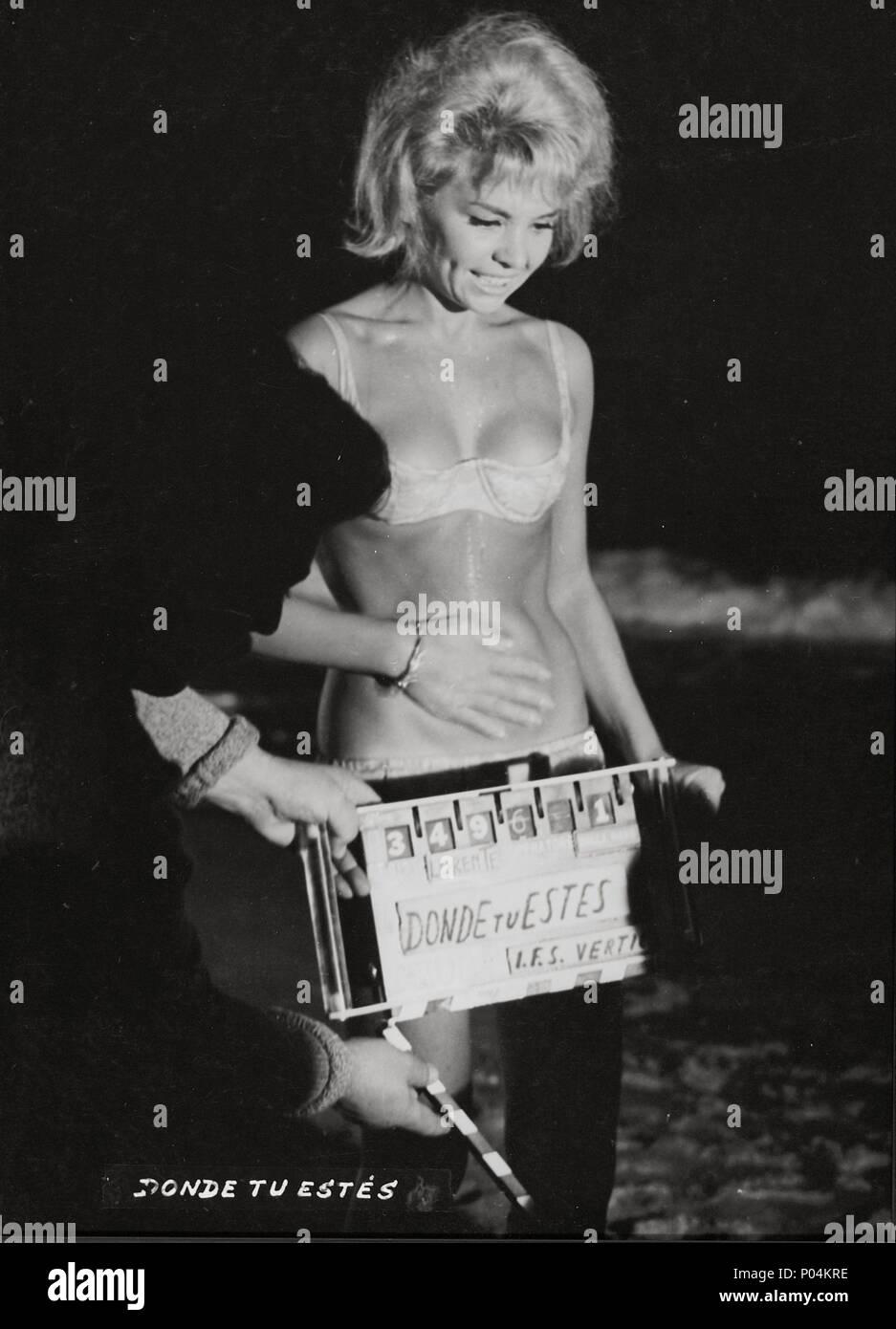 Original Film Title: DONDE TU ESTES.  English Title: DONDE TU ESTES.  Film Director: GERMAN LORENTE.  Year: 1964.  Stars: CLAUDIA MORI. Credit: CIRE FILMS / Album - Stock Image
