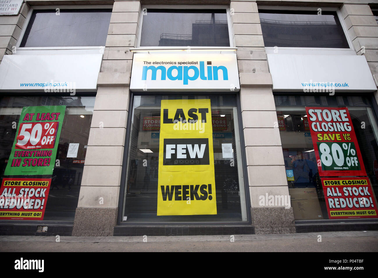 A Maplin store, in its last few weeks of trading, in central London. - Stock Image