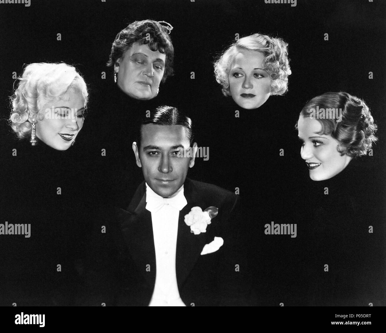 Original Film Title: NIGHT AFTER NIGHT.  English Title: NIGHT AFTER NIGHT.  Film Director: ARCHIE MAYO.  Year: 1932.  Stars: GEORGE RAFT; CONSTANCE CUMMINGS; MAE WEST; WYNNE GIBSON; ALISON SKIPWORTH. Credit: PARAMOUNT PICTURES / Album - Stock Image