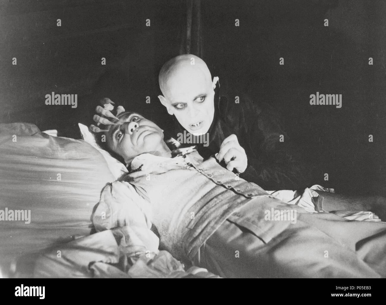 Original Film Title: NOSFERATU: PHANTOM DER NACHT.  English Title: NOSFERATU THE VAMPYRE.  Film Director: WERNER HERZOG.  Year: 1979.  Stars: KLAUS KINSKI; BRUNO GANZ. Credit: WERNER HERZOG FILMPRODUKTION / Album Stock Photo