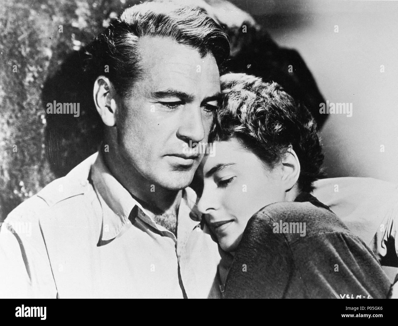Original Film Title: FOR WHOM THE BELL TOLLS.  English Title: FOR WHOM THE BELL TOLLS.  Film Director: SAM WOOD.  Year: 1943.  Stars: GARY COOPER; INGRID BERGMAN. Credit: PARAMOUNT PICTURES / Album - Stock Image
