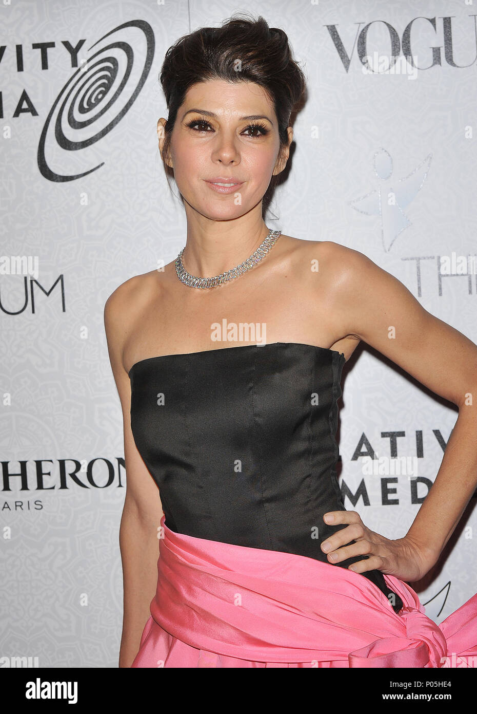 Marisa Tomei _31  - The Art of Elysium Gala at the Beverly Hilton In Los Angeles.Marisa Tomei _31 Red Carpet Event, Vertical, USA, Film Industry, Celebrities,  Photography, Bestof, Arts Culture and Entertainment, Topix Celebrities fashion /  Vertical, Best of, Event in Hollywood Life - California,  Red Carpet and backstage, USA, Film Industry, Celebrities,  movie celebrities, TV celebrities, Music celebrities, Photography, Bestof, Arts Culture and Entertainment,  Topix, vertical, one person,, from the year , 2010, inquiry tsuni@Gamma-USA.com - Three Quarters - Stock Image