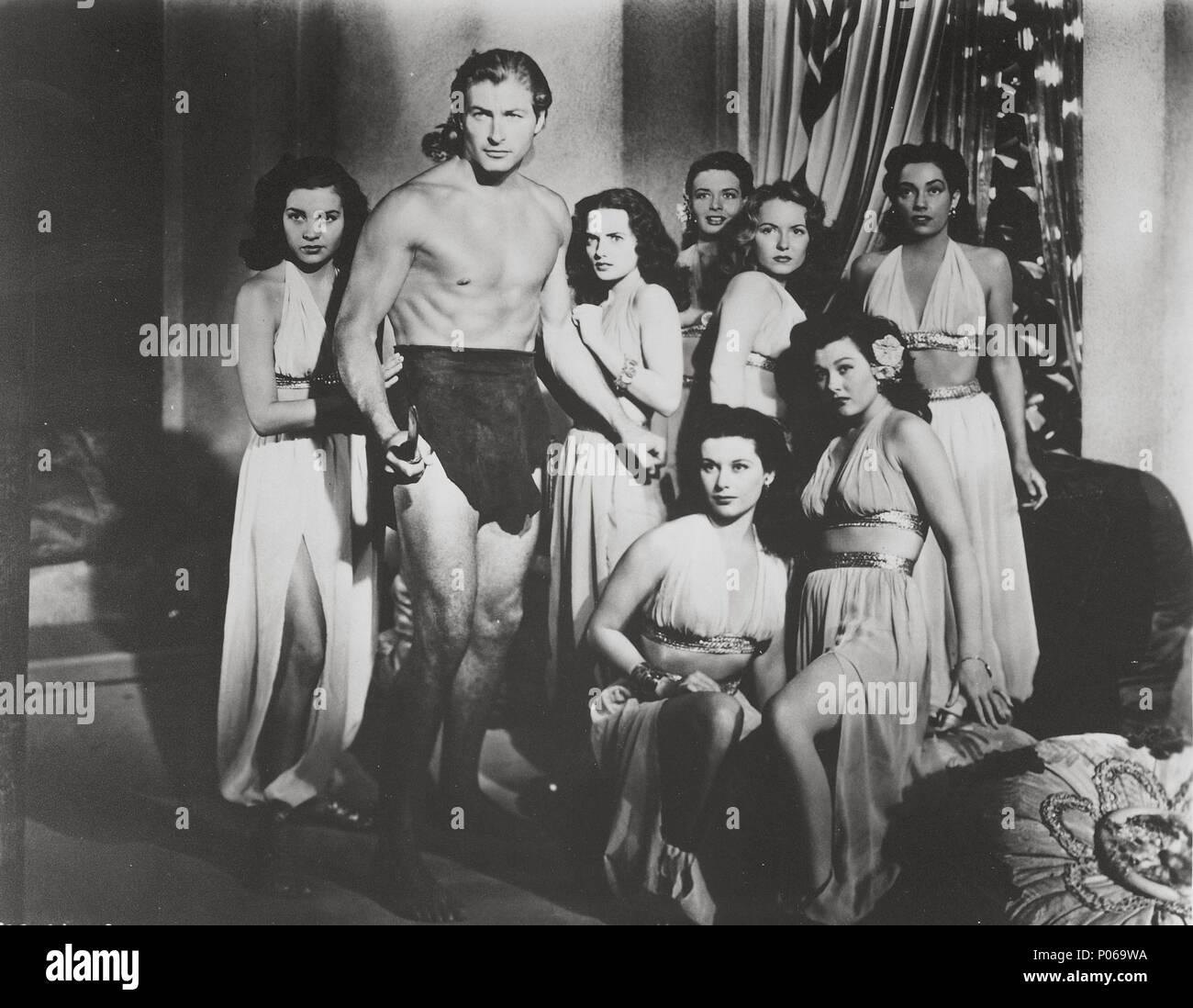 Original Film Title: TARZAN AND THE SLAVE GIRL.  English Title: TARZAN AND THE SLAVE GIRL.  Film Director: LEE SHOLEM.  Year: 1950.  Stars: LEX BARKER. Credit: RKO / Album - Stock Image