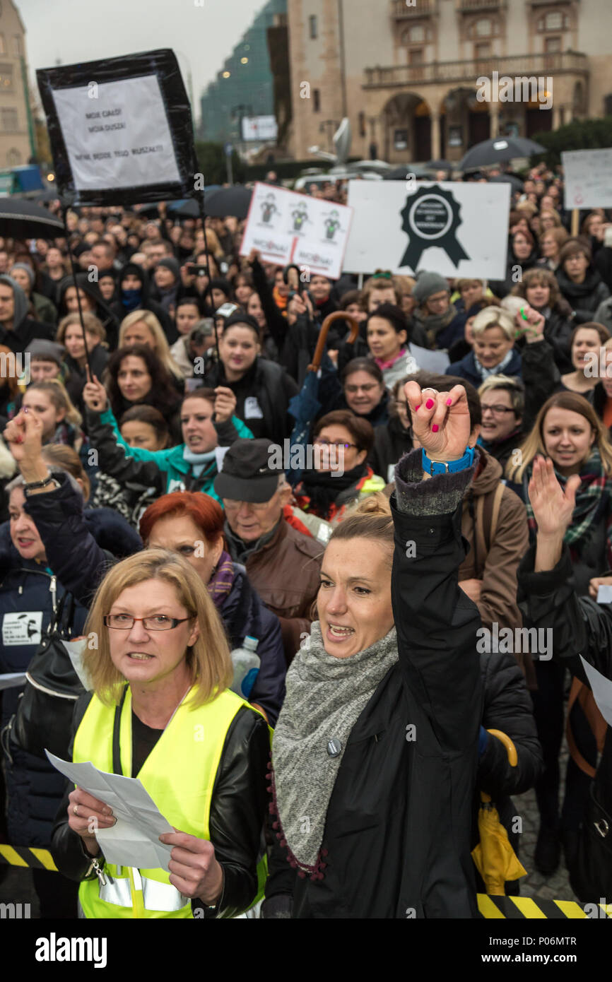 Pozna_, Poland, black protest against the exaggeration of abortion law - Stock Image