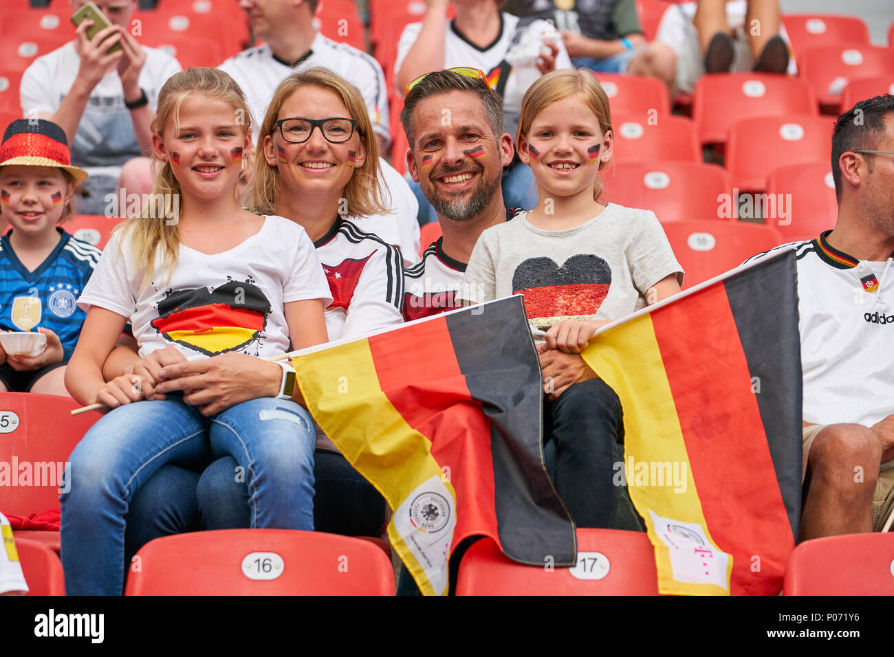 Leverkusen, Germany, 8 June 2018. Germany- Saudi Arabia, Soccer, Leverkusen, June 08, 2018 German fans colourful, family GERMANY - SAUDI ARABIA 2-1 friendly match,  German Football Nationalteam, DFB , Season 2017/2018,  June 08, 2018 in Leverkusen, Germany. © Peter Schatz / Alamy Live News Stock Photo