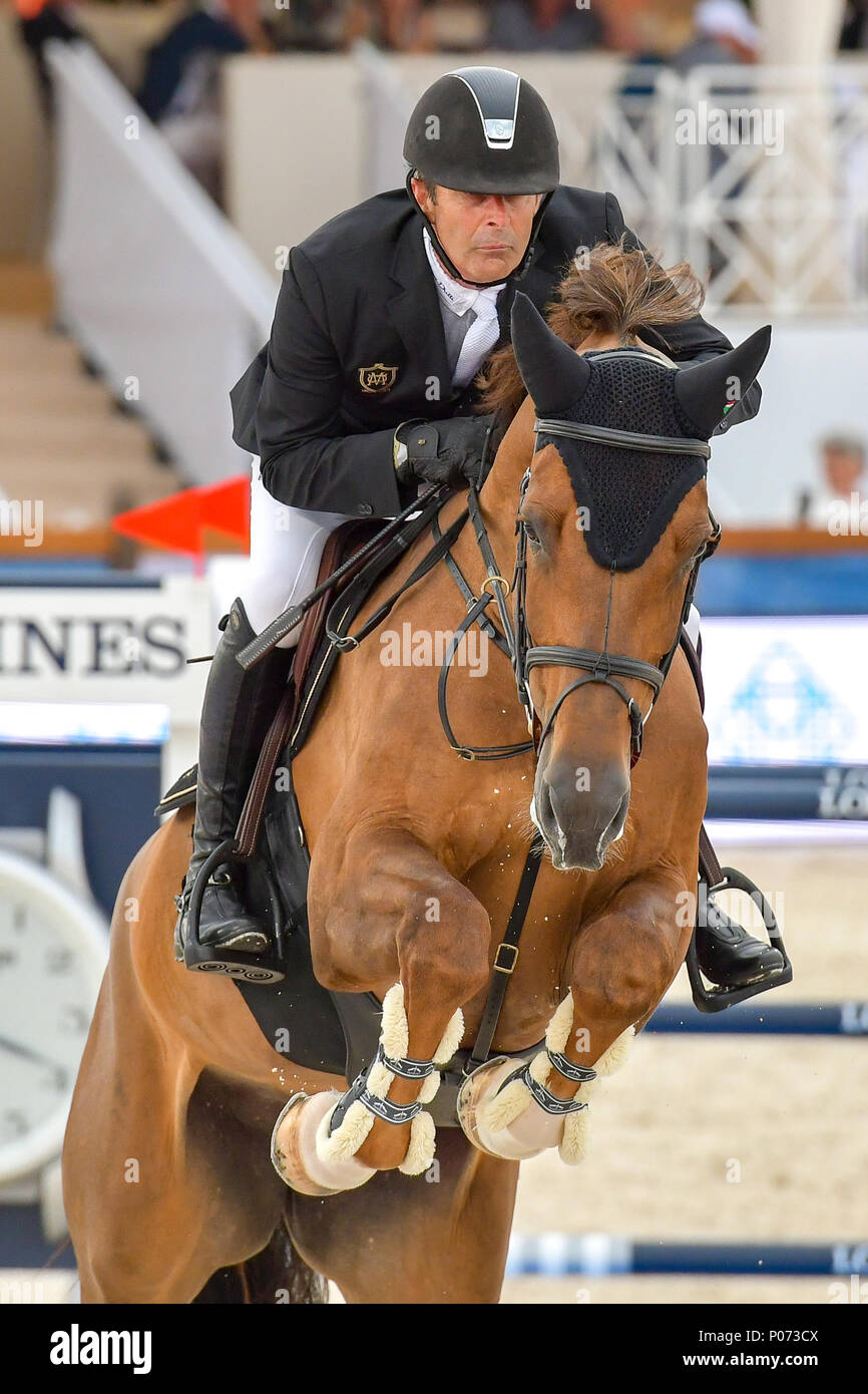 Cannes, France. 08th June, 2018. Nederland Eric Van der Vleuten on Wunschkind 19 competes during the 2018 Longines Global Champions Tour CSI5 stars in Cannes on June 08, 2018 Credit: BTWImages Sport/Alamy Live News Stock Photo