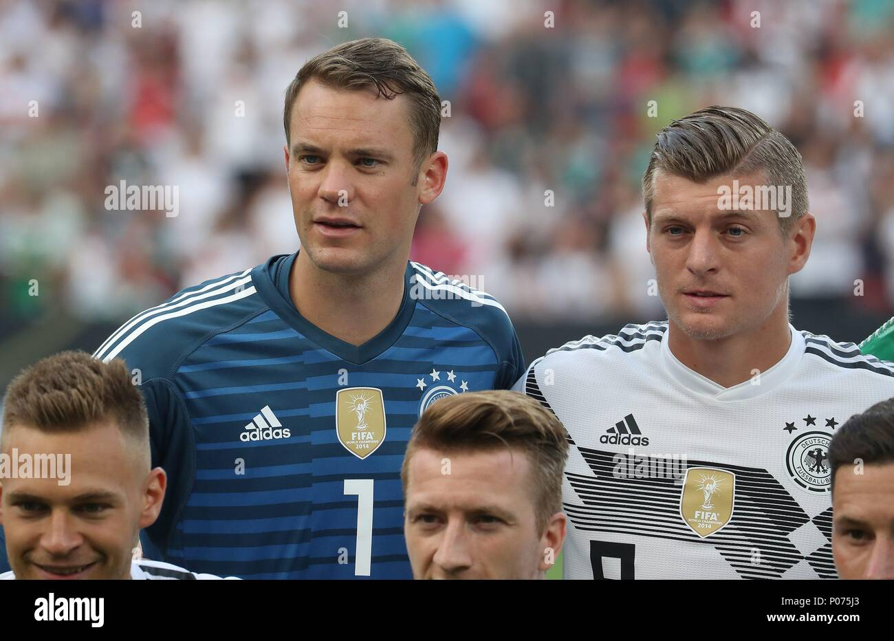 firo Football: Football: 08.06.2018 National Team Test match: Germany - Saudi Arabia 2: 1 Manuel Neuer, Portrait with Toni Kroos   - Stock Image