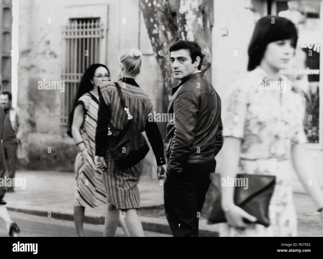 Original Film Title: L' HOMME QUI AIMAIT LES FEMMES. English Title: MAN