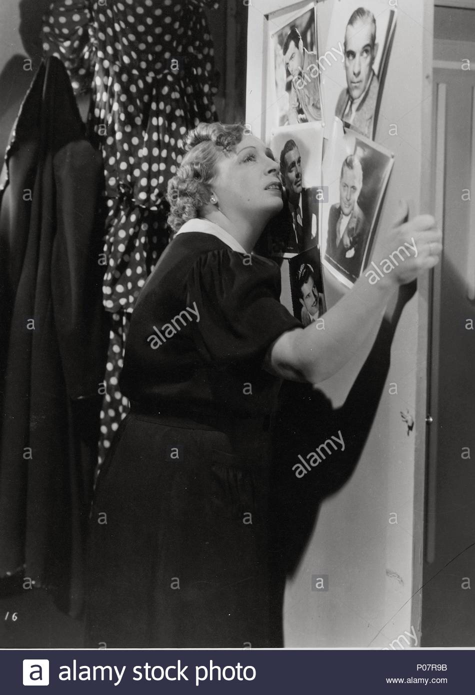 Original Film Title: LOS APUROS DE CLAUDINA.  English Title: LOS APUROS DE CLAUDINA.  Film Director: MIGUEL CORONATTO-PAZ.  Year: 1938.  Stars: OLINDA BOZAN. - Stock Image