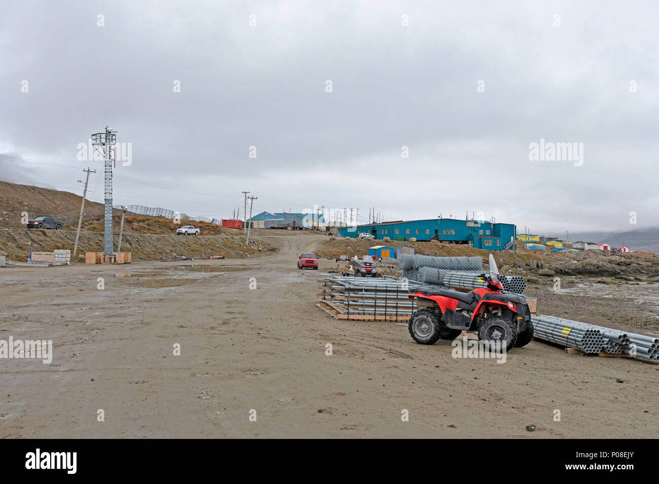 High Arctic Village  of Pangnirtung in Fall on Baffin Island in Nunavut, Canada - Stock Image