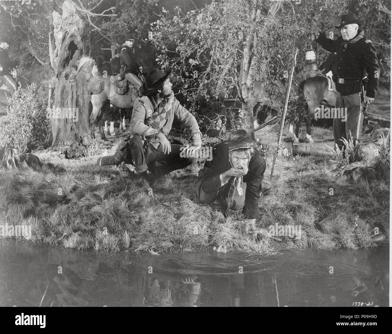 Original Film Title: HOW THE WEST WAS WON.  English Title: HOW THE WEST WAS WON.  Film Director: GEORGE MARSHALL; JOHN FORD; RICHARD THORPE; HENRY HATHAWAY.  Year: 1962. Credit: M.G.M/CINERAMA / Album - Stock Image