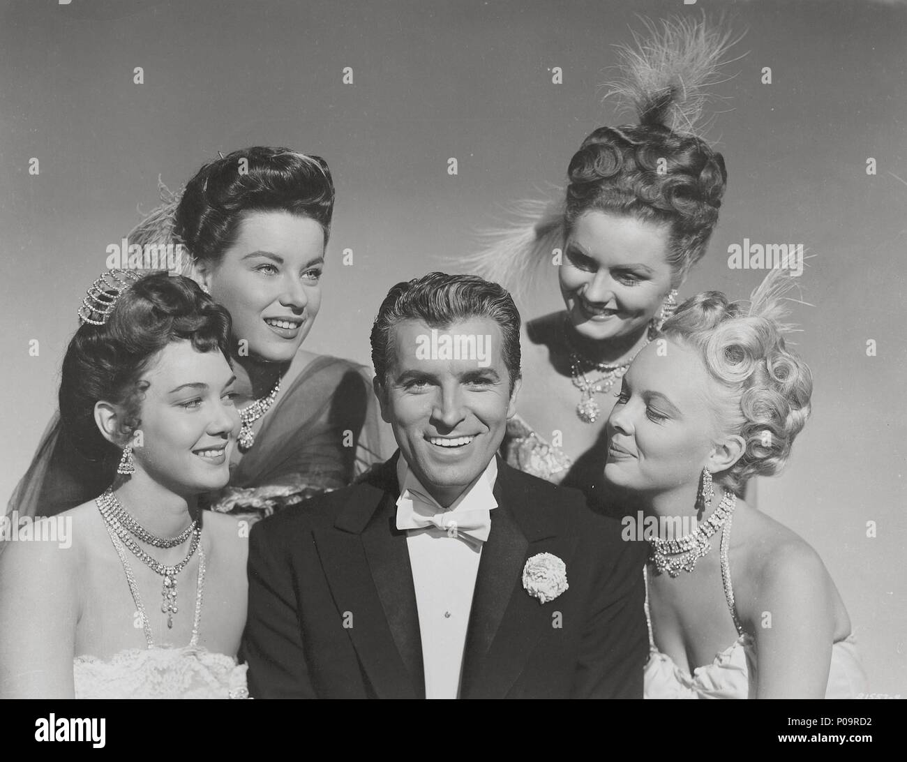 Original Film Title: THE MERRY WIDOW.  English Title: THE MERRY WIDOW.  Film Director: CURTIS BERNHARDT.  Year: 1952.  Stars: FERNANDO LAMAS. Credit: METRO GOLDWYN MAYER / Album - Stock Image