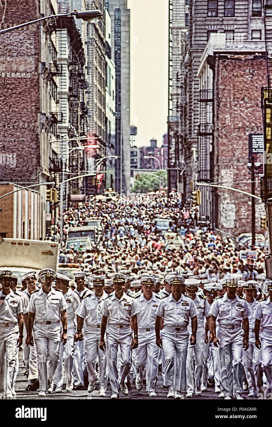 First Iraq war NYC ticker tape parade with the sailors marching down in the wall street area - Stock Image