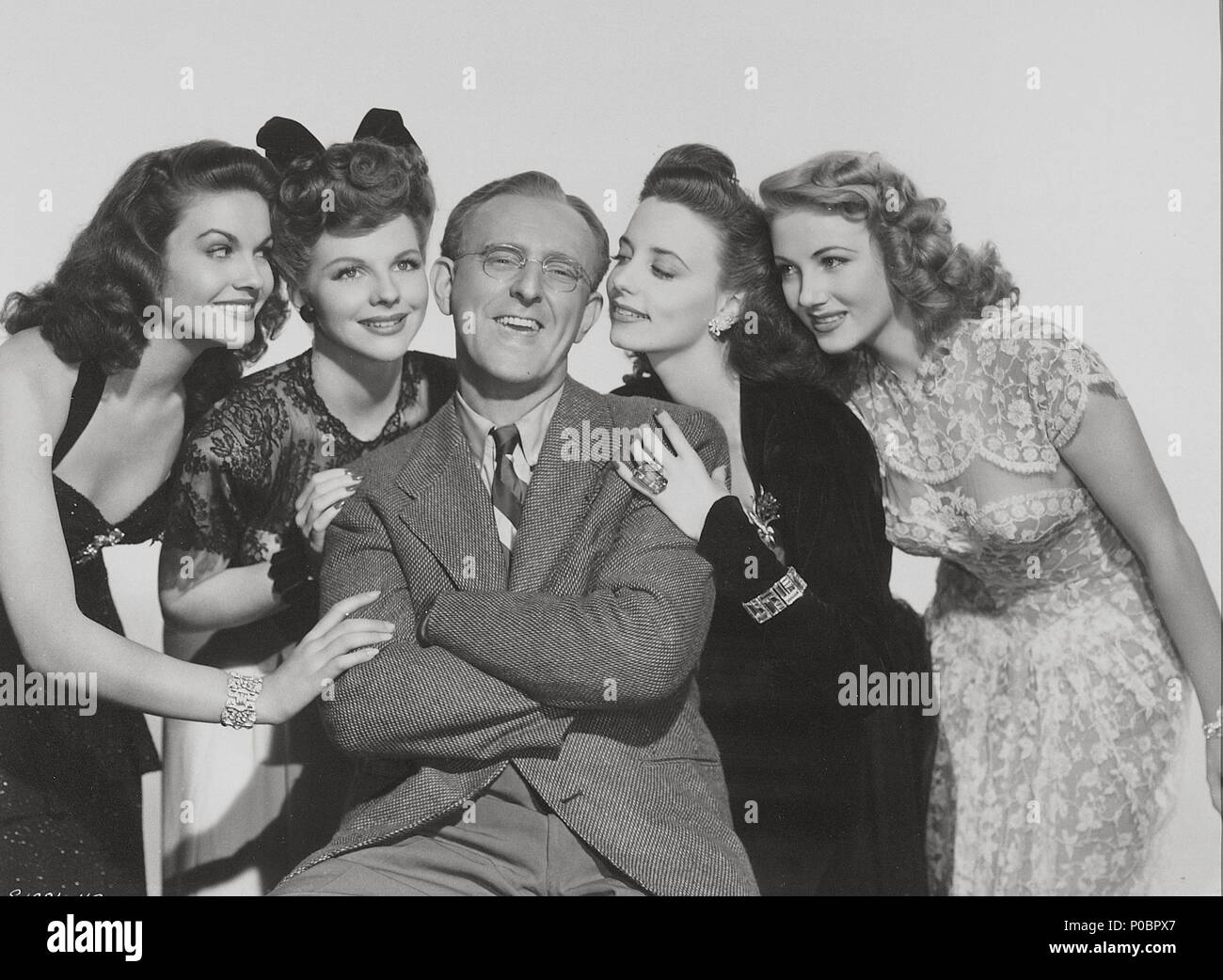 Original Film Title: SWING FEVER.  English Title: RIGHT ABOUT FACE.  Film Director: TIM WHELAN.  Year: 1943.  Stars: KAY KYSER. Credit: M.G.M / Album - Stock Image