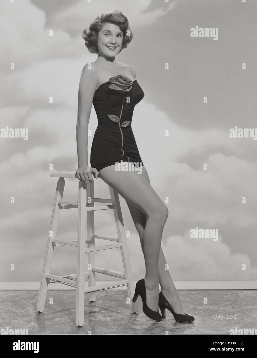 Karen Sharpe naked (99 photo), Sexy, Hot, Selfie, braless 2018