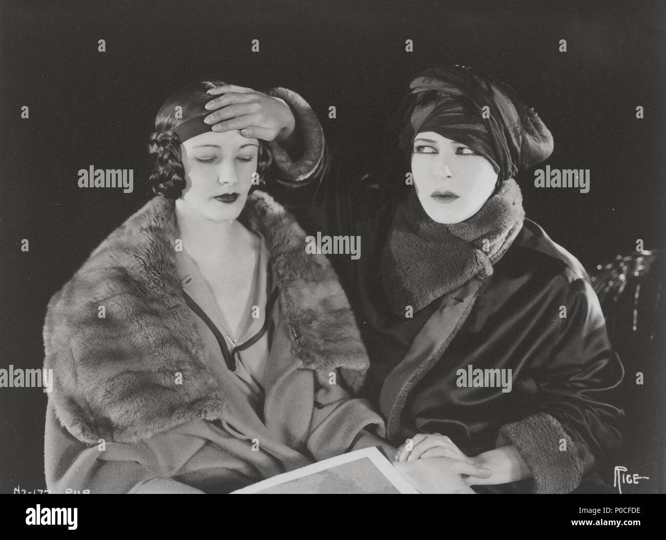Alla Nazimova nude (44 images) Erotica, Twitter, lingerie