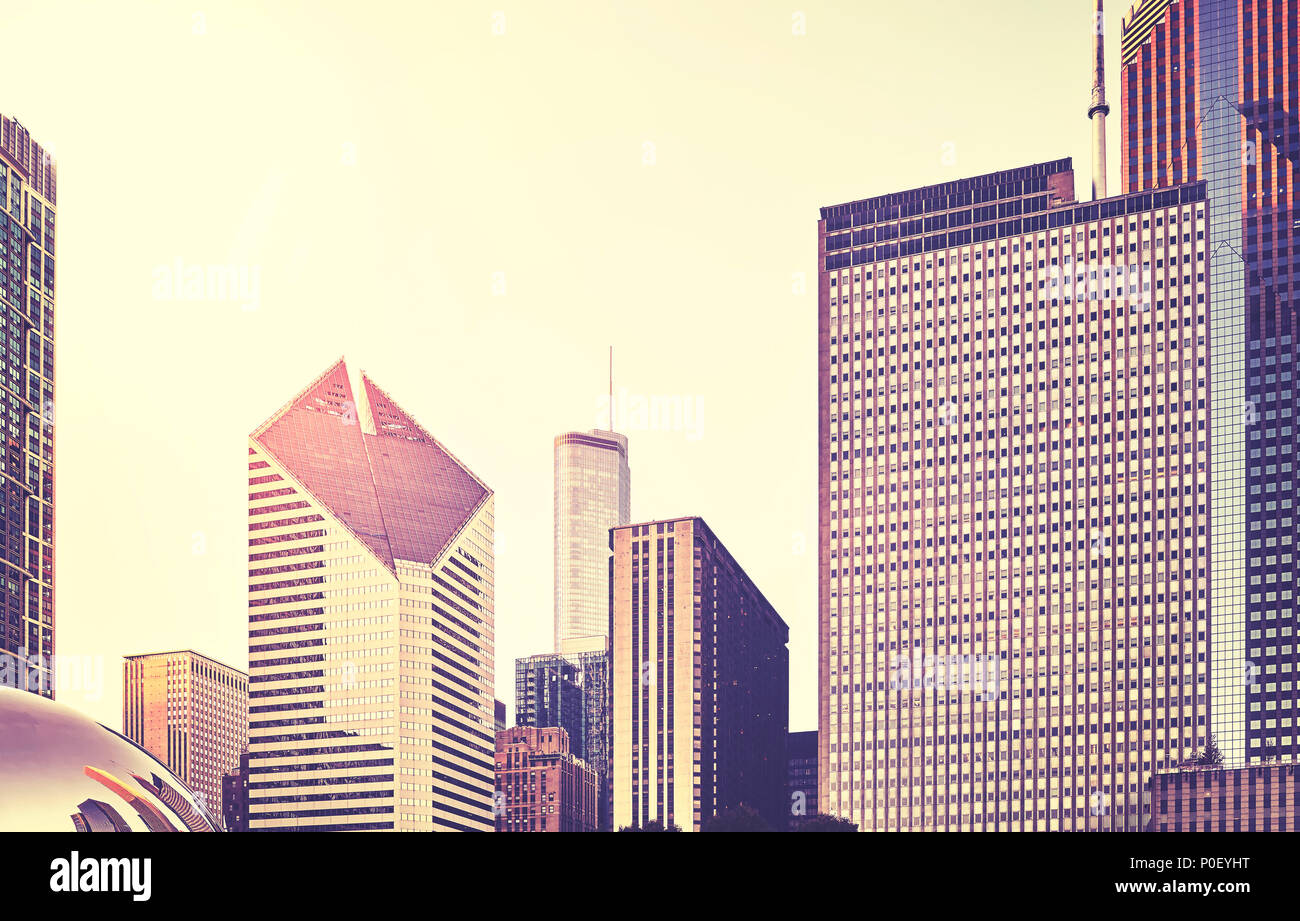 Retro stylized picture of Chicago skyline at sunset, USA. - Stock Image