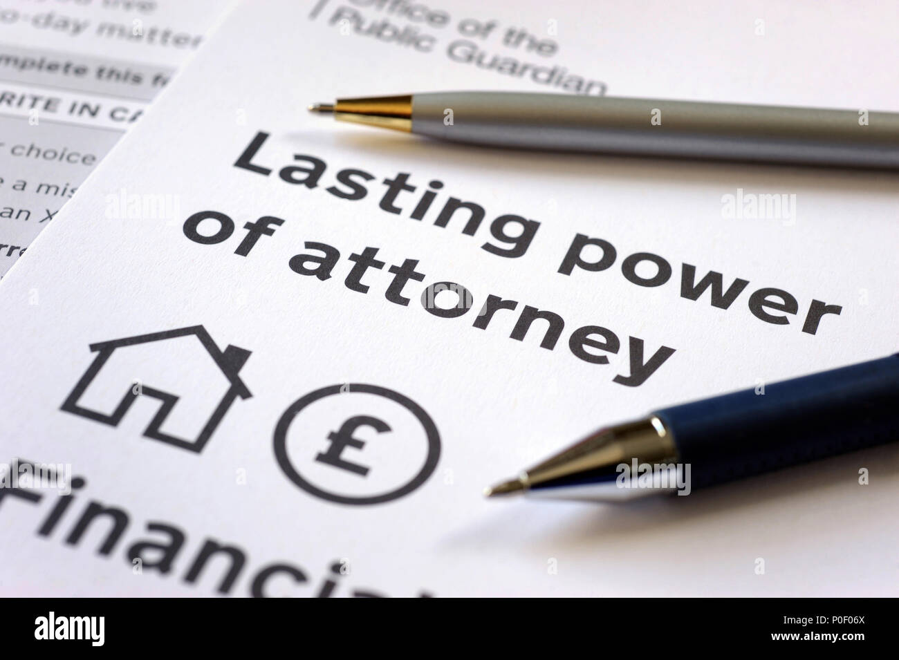 LASTING POWER OF ATTORNEY FORMS WITH PENS RE OFFICE OF THE PUBLIC GUARDIAN DEATH WILLS MAKING A WILL FAMILY UK - Stock Image