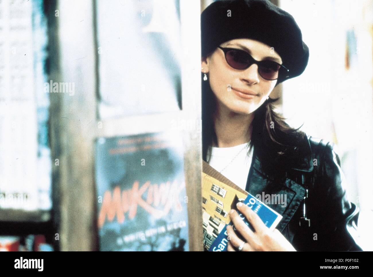 Original Film Title: NOTTING HILL.  English Title: NOTTING HILL.  Film Director: ROGER MICHELL.  Year: 1999.  Stars: JULIA ROBERTS. Credit: POLYGRAM / Album - Stock Image